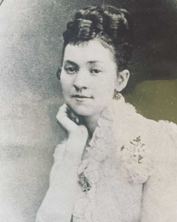 Alberta Chapman Taylor kickstarted Huntsville's suffrage movement by inviting Susan B. Anthony and Carrie Chapman Catt to speak at the Huntsville City Hall.