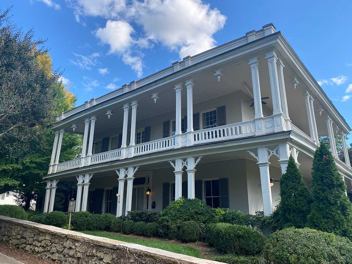 Ellelee Chapman Humes hosted Huntsville Equal Suffrage Association meetings at her home, Hillcrest, after the YMCA Board of Directors denied the women's request to hold their monthly meetings at the YMCA.
