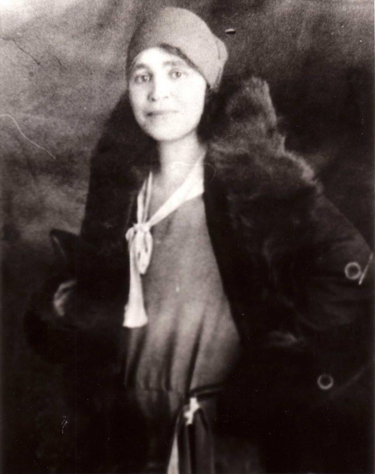 Born in Montgomery, Mary Wood Binford graduated from Howard University in Washington DC and married Henry C. Binford Jr., of Huntsville, in 1899. Both she and her husband taught at William Hooper Councill High School; H. C. Binford became principal of the school.